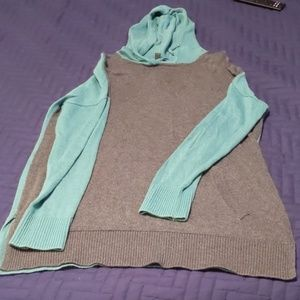 Hooded green and gray BR sweater